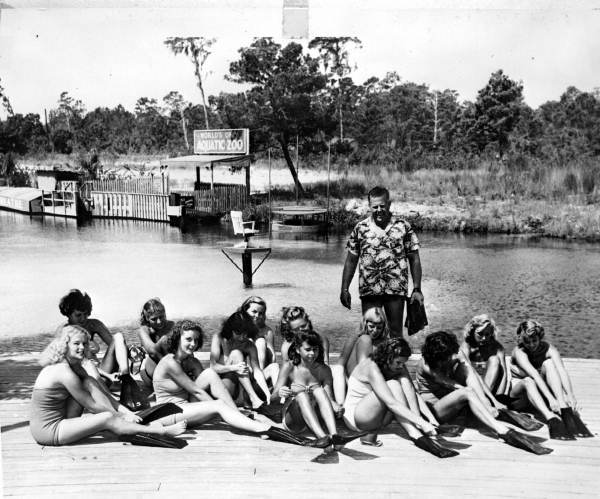 Mermaids-in-training with Newt Perry, circa 1948