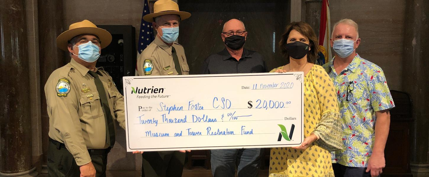 Park Staff with Nutrien donation check