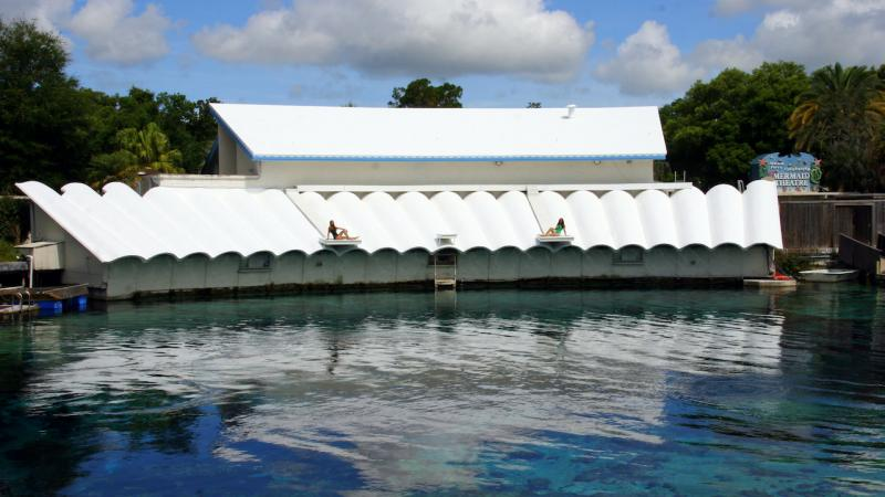 Outside view of Mermaid Theatre at Weeki Wachee