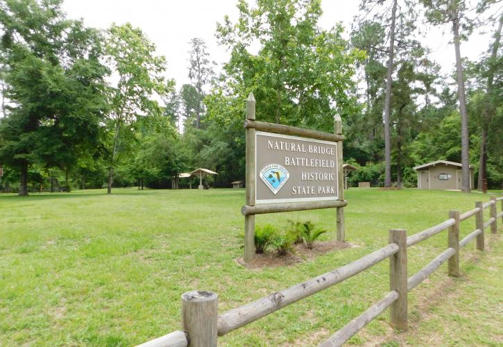 Natural Bridge Battlefield Sign and Picnic Area