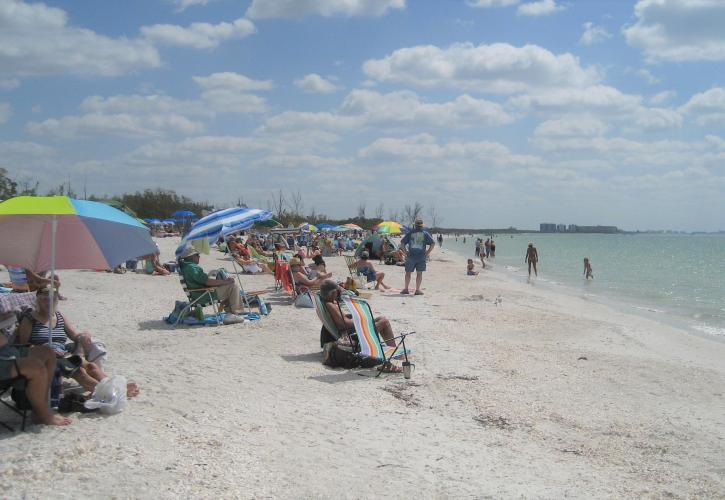 Swimming and sunbathing at Lovers Key Beach